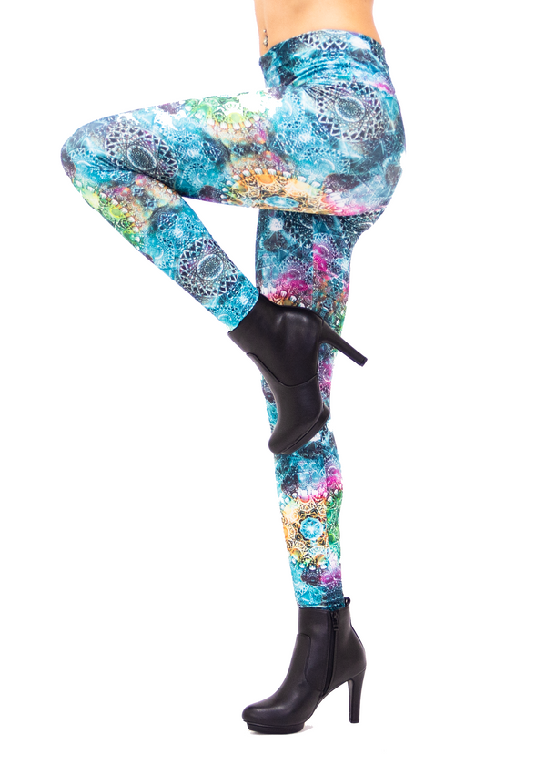 Women's Green Trippy Tribal Print Leggings: Holographic