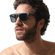 Charger l'image dans la galerie, Sunglasses Square Blue - Sunglasses_Man - KAMPOS