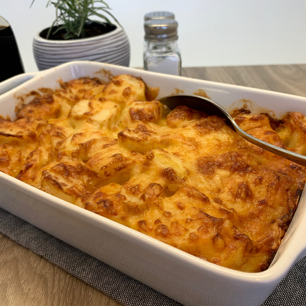 Cheesy Potato Bake: Dishes to Share (5-8 portions)
