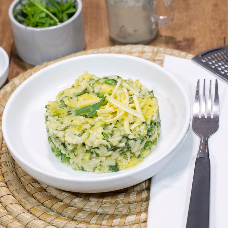 Creamy Pea & Spinach Risoni by Contented Chef: Traditional alfredo sauce with a twist of spinach & peas served over rissoni.