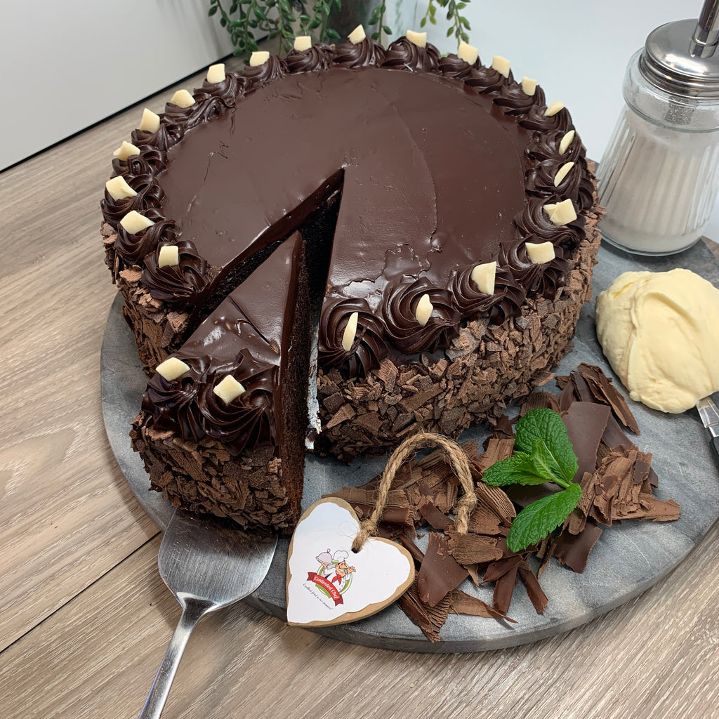 Contented Chef Chocolate Mud Cake Uncut (12 -16 portions) 2.3kg