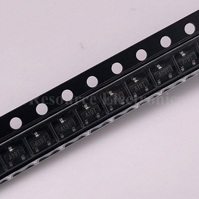 (100 pcs) AO3401 A19T SOT-23 3401 SMD Field Effect Transistor P-Channel MOS-FET New original