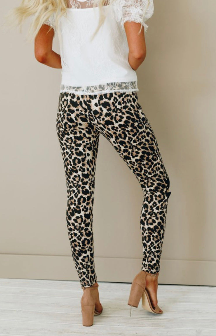 Seeking Attention Leopard Print Leggings (Leopard)