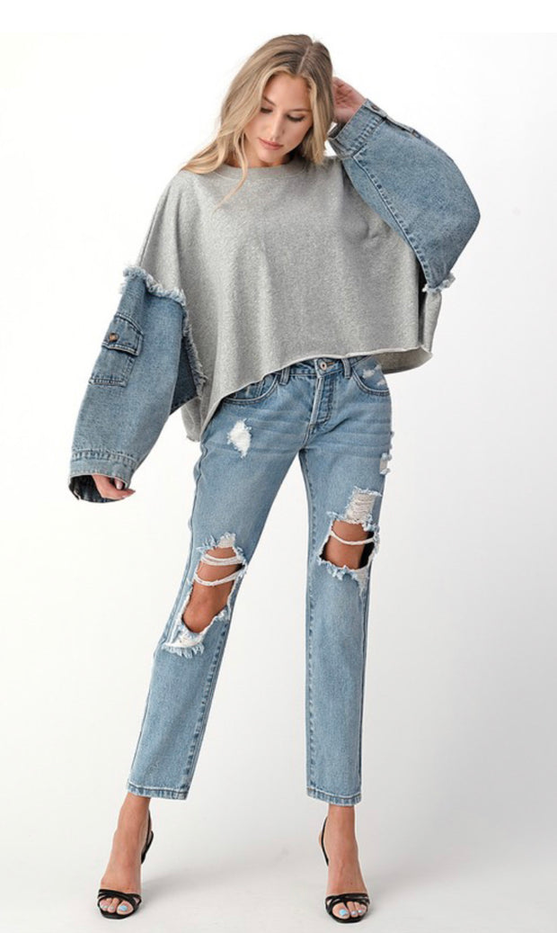 I'M DREAMING DISTRESSED JEANS (LIGHT WASH)