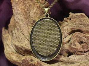 Oval amulet L - Green Forest 1