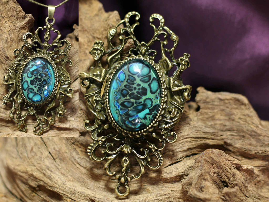 Vintage Broche & Necklace L - Blue Diamonds