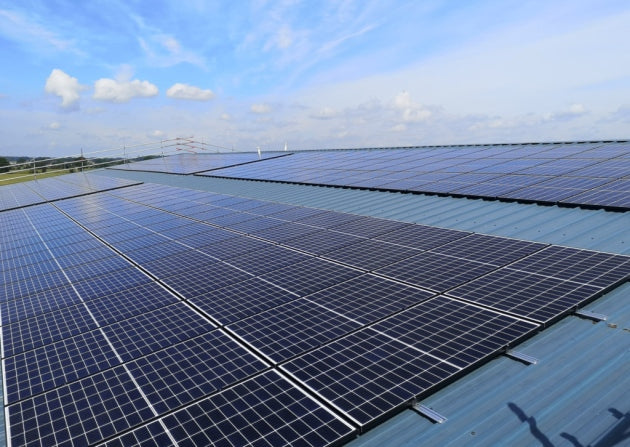 Business benefits from free solar panel scheme