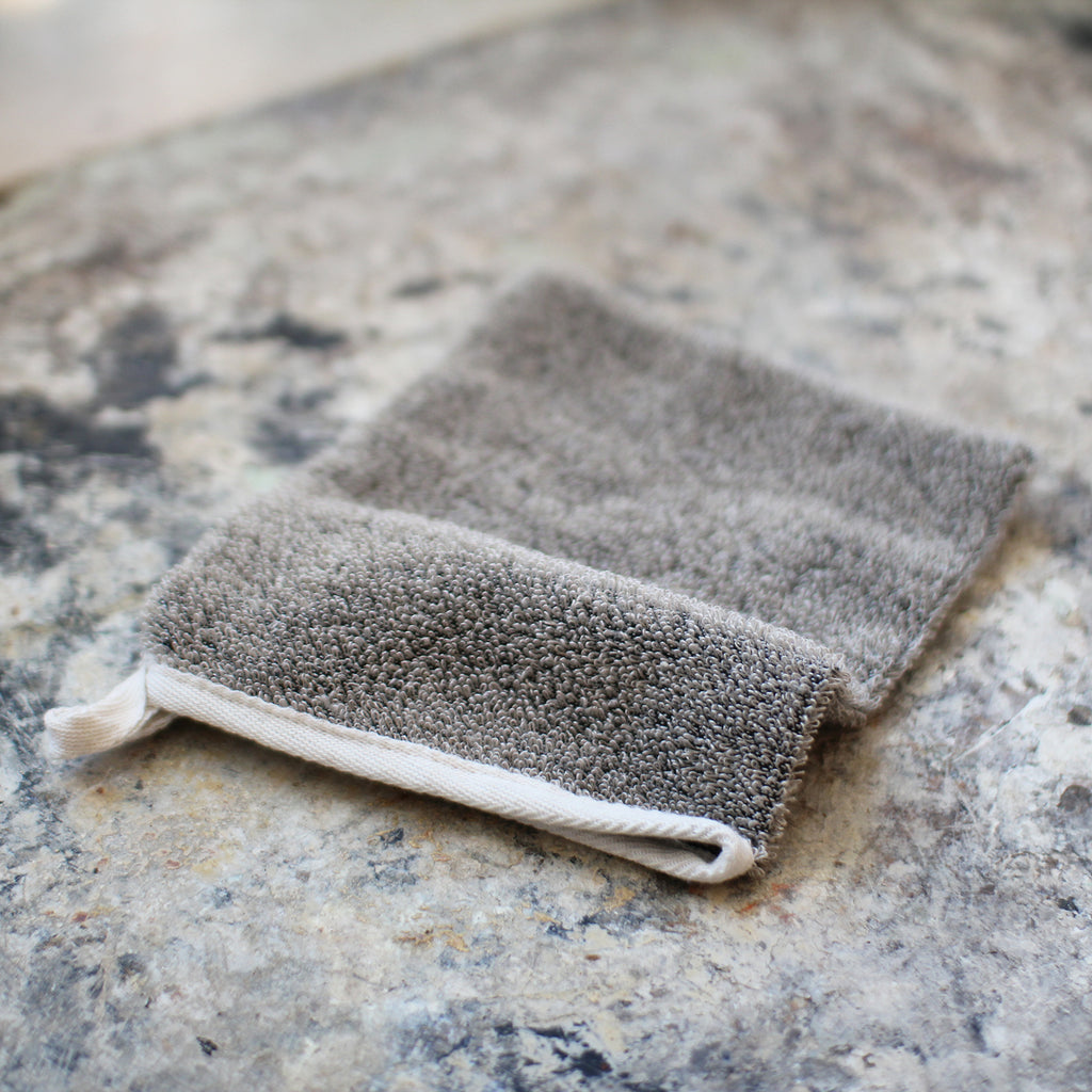 Scrubb glove, raw cotton