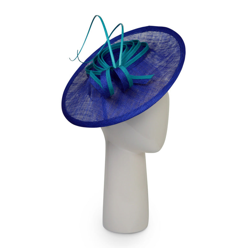 Small disk hat in Sapphire and Turquoise