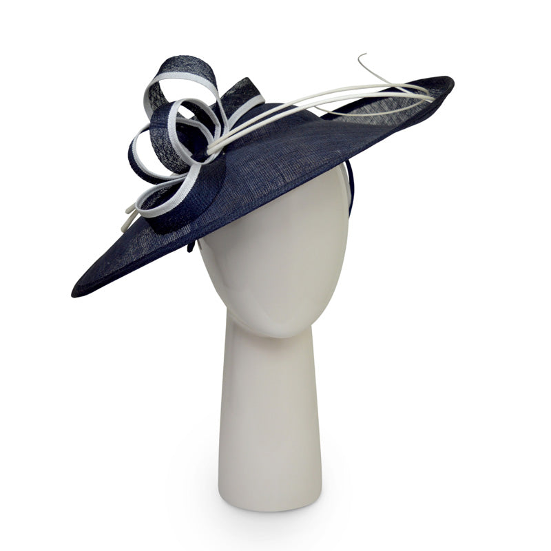 Teardrop Disk Hat in Navy and Ivory