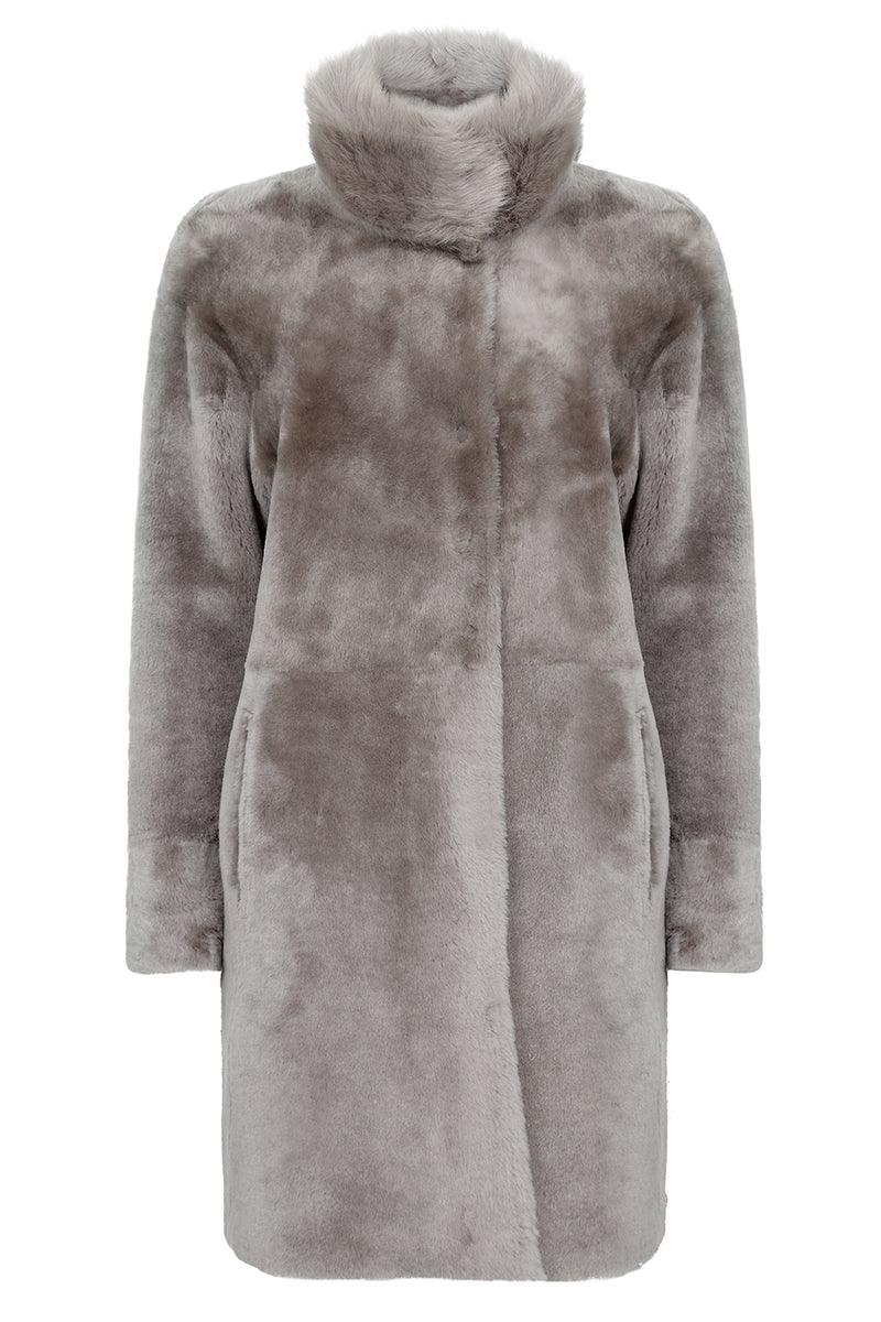 Luxury otter fur jacket for women