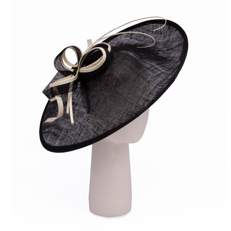 Teardrop disk hat in Black and Latte