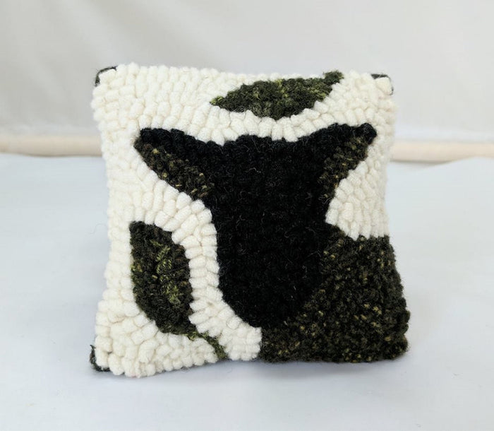 "4"" x 4"" Hooked Sachet - ""Black Baby Goat"" (Finished)"