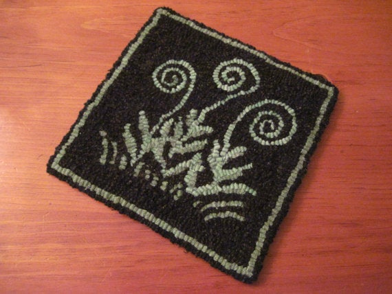 "Norway Fiddleheads - 8"" x 8"" Rug Hooking Kit"