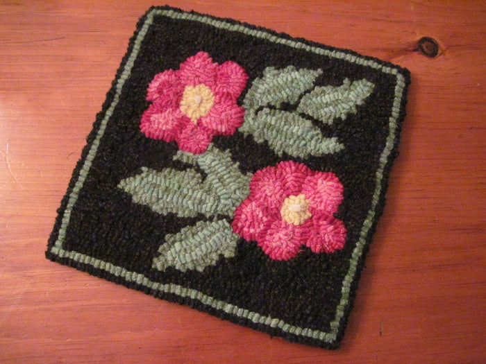 "Popham Beach Roses - Trivet *PATTERN ONLY* 8"" x 8""  Hooked Rug Pattern"