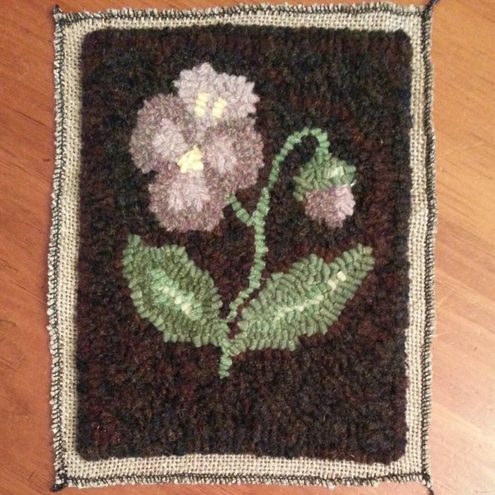 "Portland Pansy *PATTERN ONLY* 6"" x 8""  Hooked Rug Pattern"