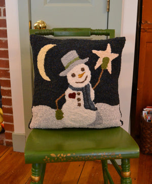 "Reach for the Stars - 17"" x 17"" Rug Hooking Kit"