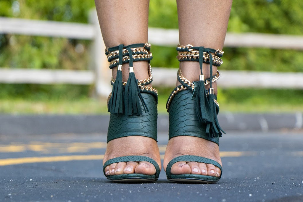 signature green cold blooded zmeya sandal