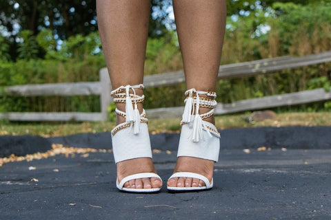 white cold blooded zmeya sandal