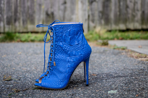 blue crocodilus bootie