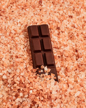 Load image into Gallery viewer, Vanilla Pink Salt Chocolate