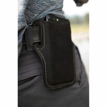 Load image into Gallery viewer, Retro Short Cell Phone Case Belt Bag Purse.
