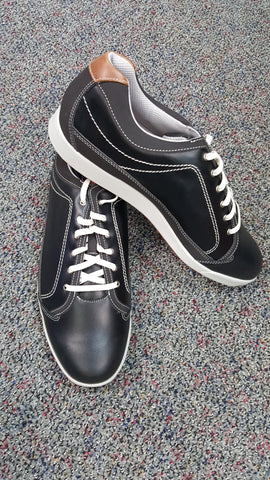 Cabinet View Golf Course / Foot Joy Golf Shoes / Mens Size 11 / $99 Value