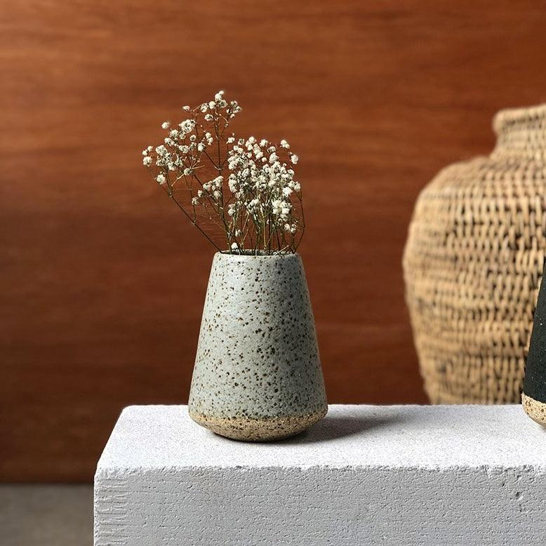 Speckled Vase by Lisa Peri