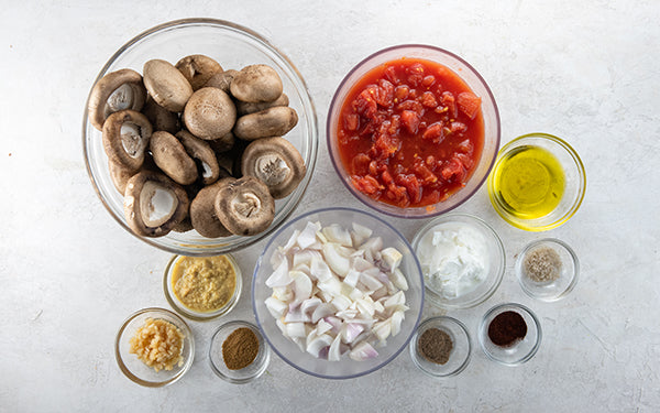Ingredients for Easy Tomato and Mushroom Curry