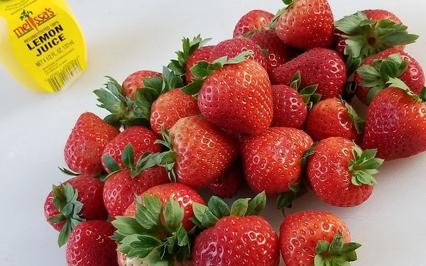 Ingredients for Low Carb Strawberry Pie
