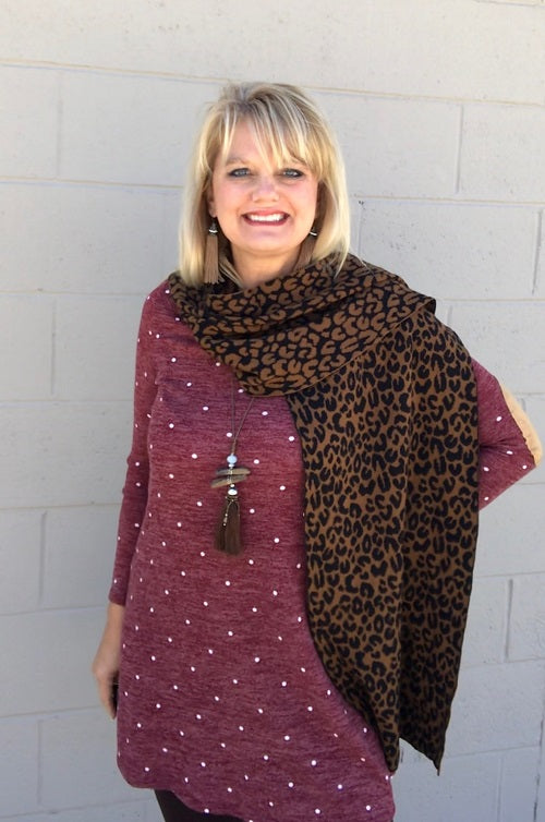 Luxurious Leopard Print Brown Black Scarf