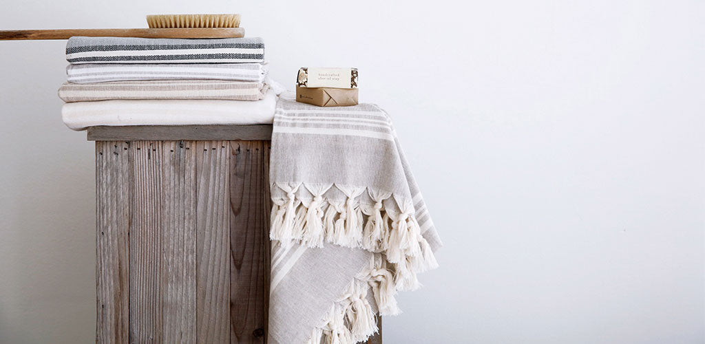 The softest hand-loomed organic cotton Turkish towels for bath or beach.