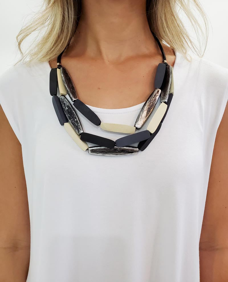 Mary Collar Necklace