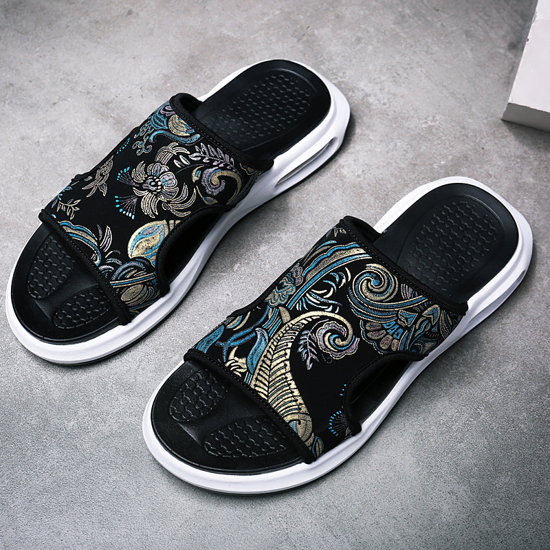 Luxury men's embroidered slippers