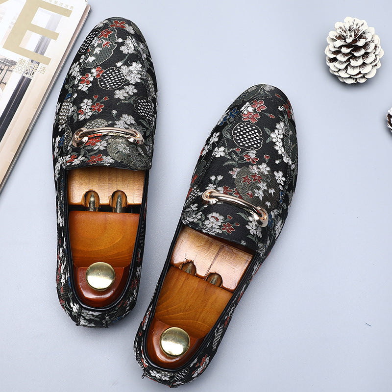 Tide shoes classic embroidery men's shoes pointy European and American style peas single shoes