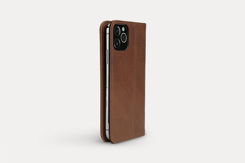 Chestnut Brown / iPhone 12/12 Pro Chestnut Brown / iPhone 12 Pro Max Chestnut Brown / iPhone 12 mini Chestnut Brown / iPhone 11 Pro Chestnut Brown / iPhone 11 Pro Max Chestnut Brown / iPhone 11 Chestnut Brown / iPhone XS/X Chestnut Brown / iPhone XS Max Chestnut Brown / iPhone XR Chestnut Brown / iPhone SE (2020)/8/7 Chestnut Brown / iPhone 8/7 Plus
