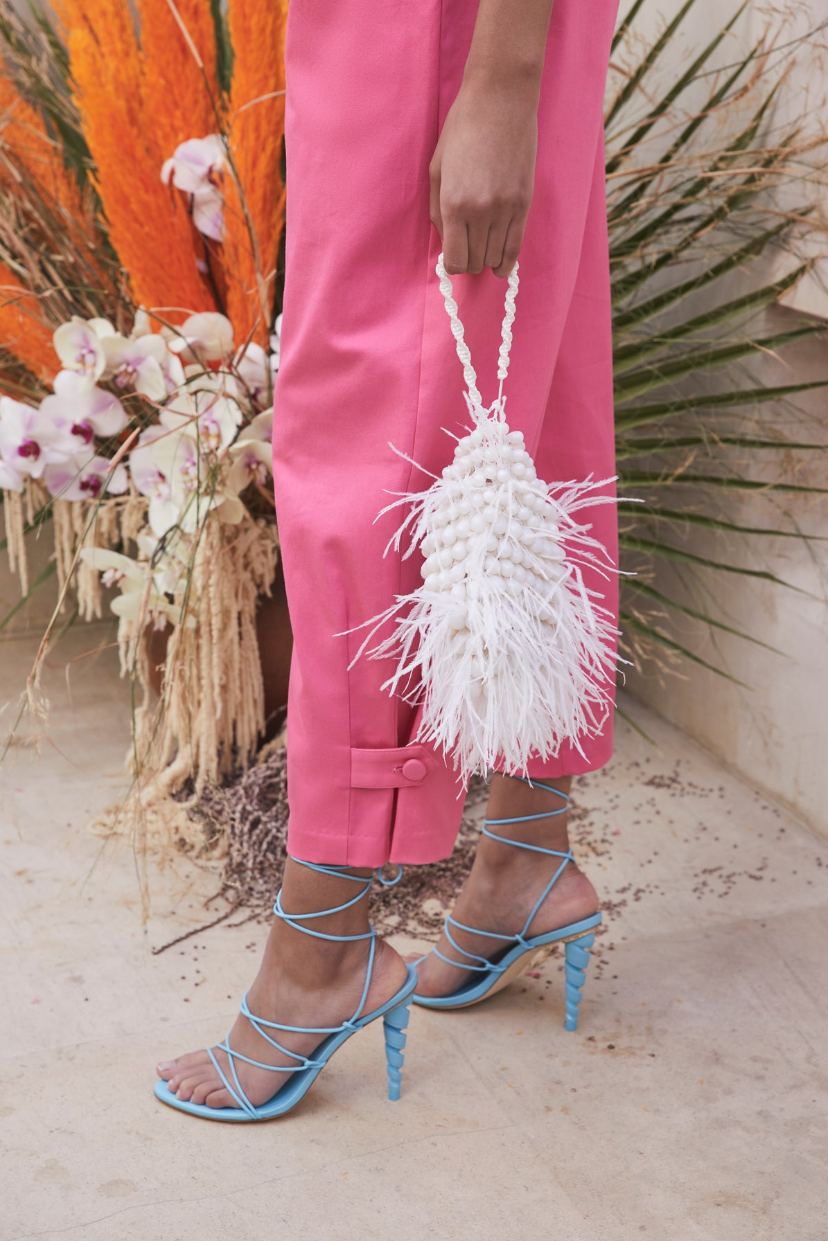 Dory Feather Wristlet - Ivory