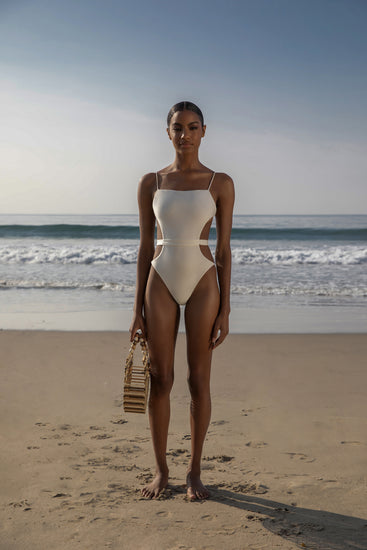 Gemma One Piece - Off White (EXCLUSIVE)