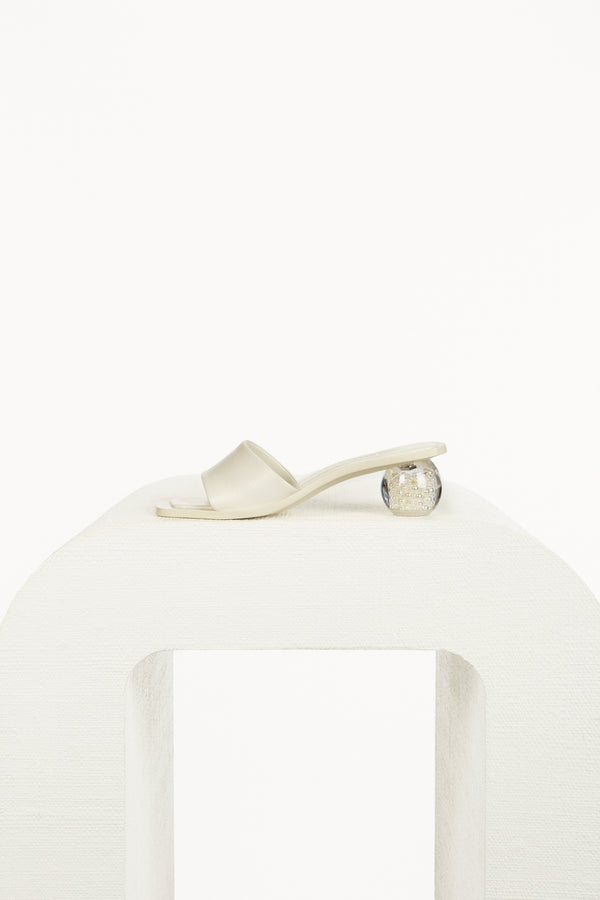 Tao Pearl Sandal - Off White