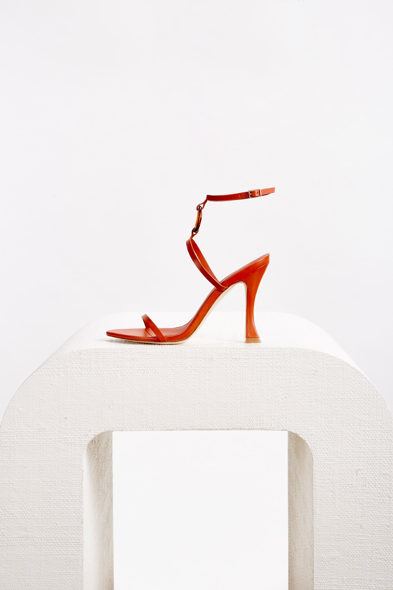 Camille Heel - Clay