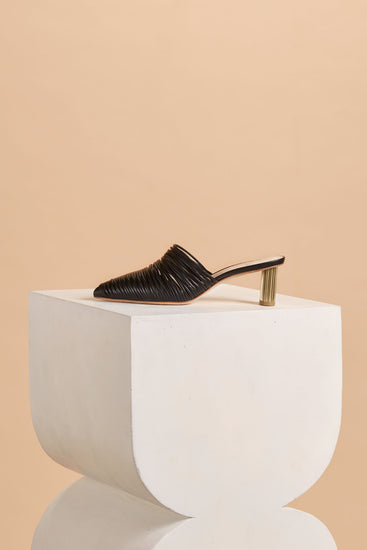 Sage Leather Mule - Black