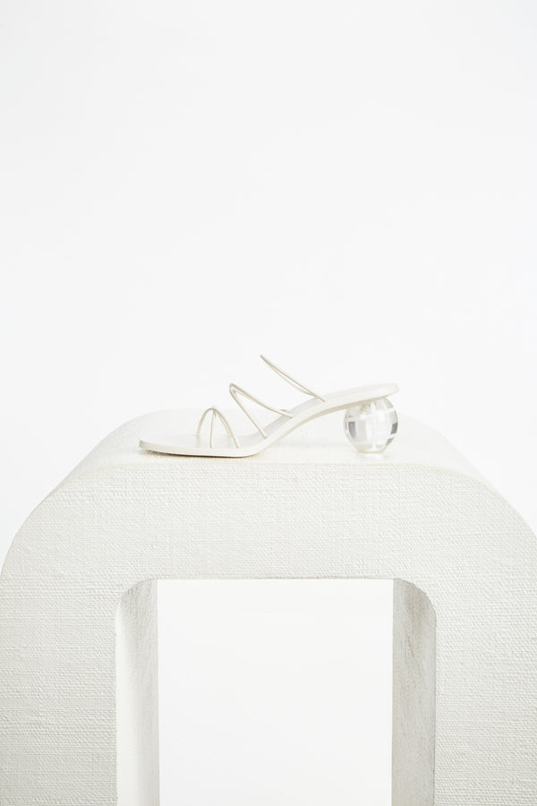 Cassie Sandal - Off White