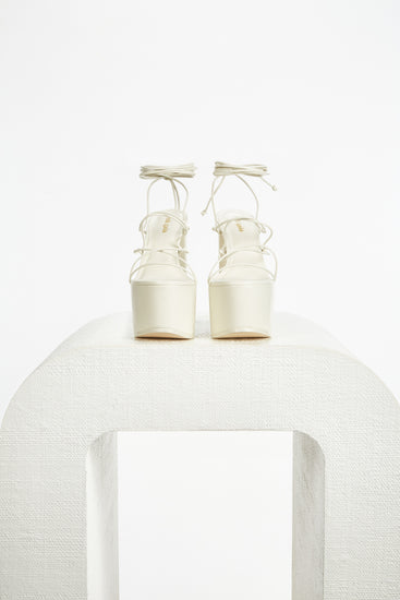 Tilah Platform - Off White (EXCLUSIVE)