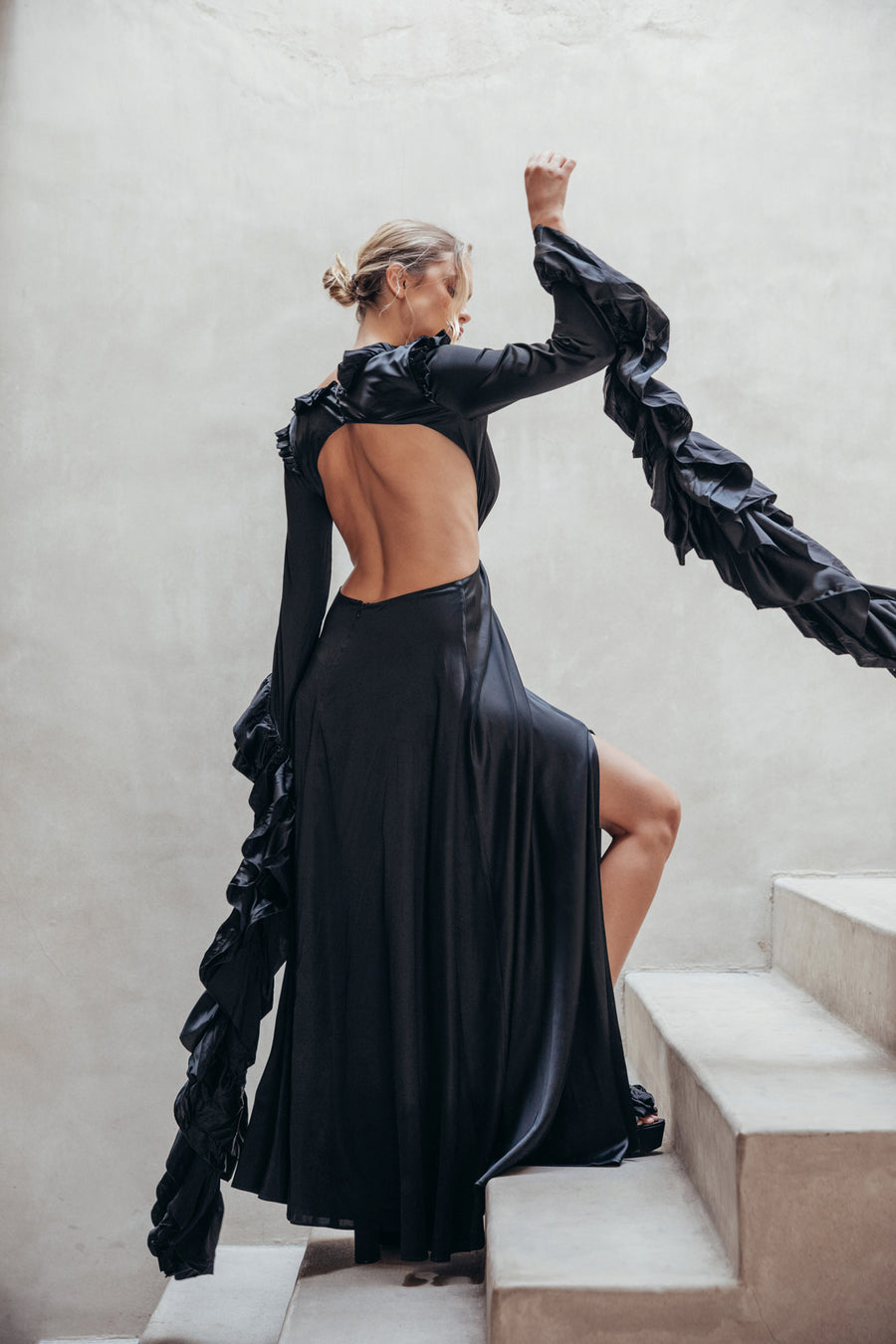 KAIA GOWN - BLACK