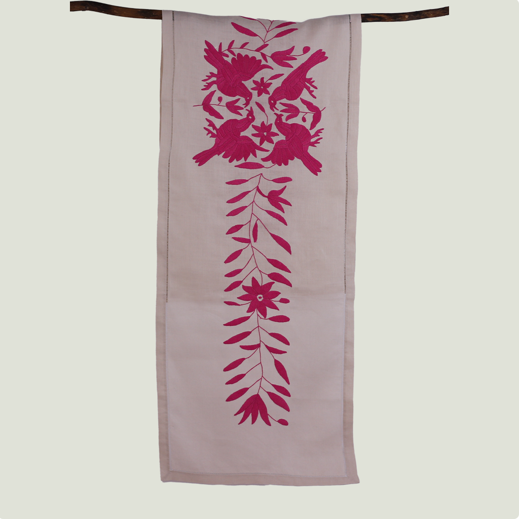 Table runner birds - beige & pink