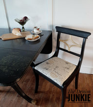 Load image into Gallery viewer, Duncan Phyfe Style dining table and 4 chairs