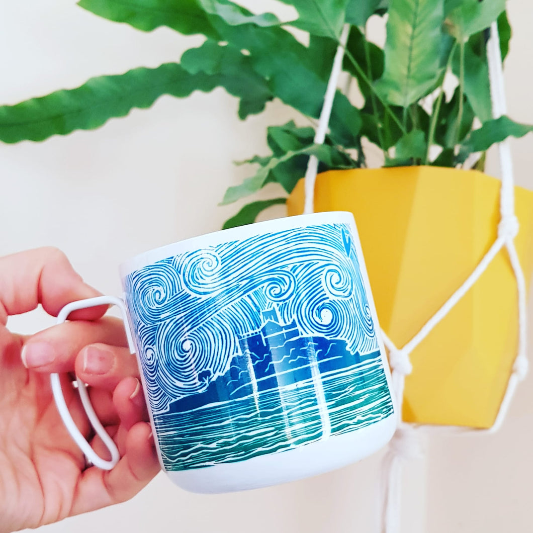 Wire handle metal mug with lino print mount