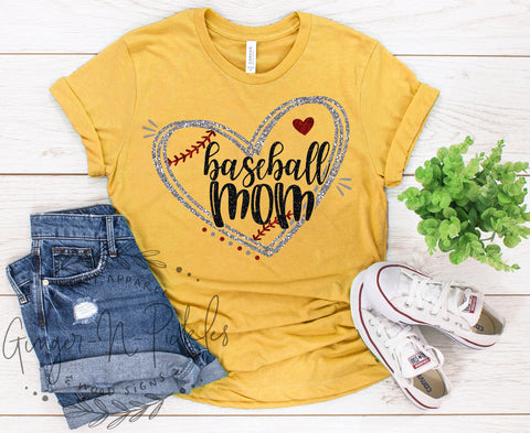 Baseball Mom Shirt, Baseball Mom with Heart T-Shirt, Vintage Style Graphic Tee Shirt, I Love My Baseball Kid Shirt Mothers Day Gift for Mom