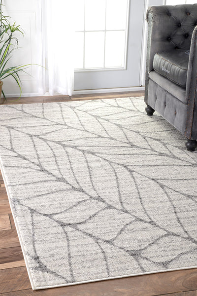 Understated Leafy-Patterned Office Rug in Light Grey (Multiple Sizes)