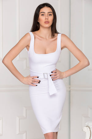 White basic dress perfect for party summer season.